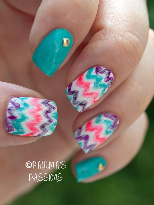 Washed-out chevron nails. #nails #nailart
