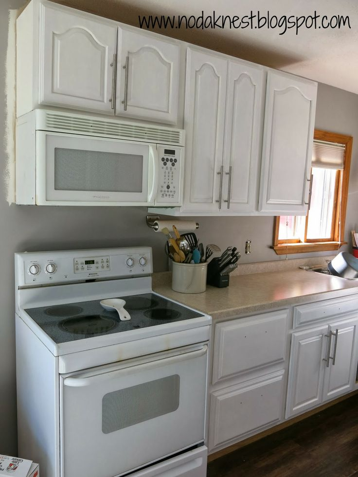 painting kitchen cabinets with Rustoleum Cabinet Transformation www
