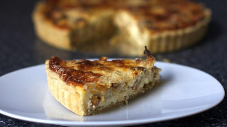 Recipes: Cauliflower and caramelized onion tart; tart shell