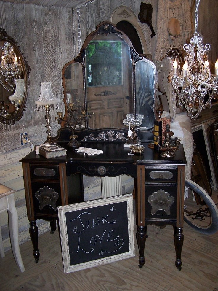 1920s Gorgeous And GLAM Antique Dressing Table With Mirror Pinter