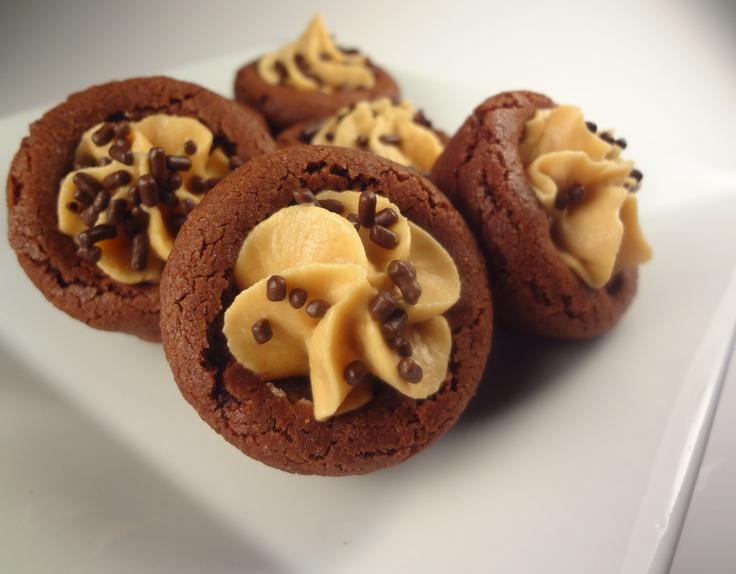 Chocolate Peanut Butter Magic In The Middles Recipe — Dishmaps