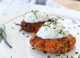 ... cake and lightly fried served with a chive yogurt sauce 8 salmon cakes