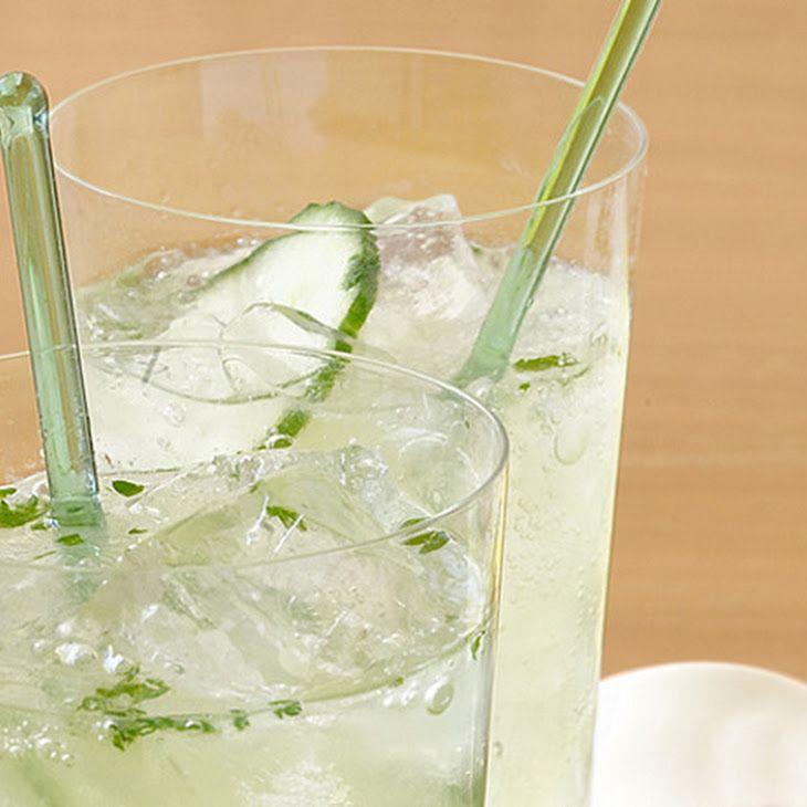 Cucumber and Lime Gin Fizz Recipe