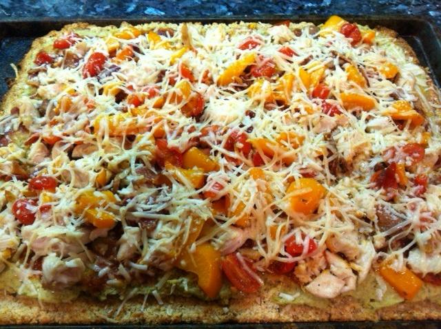Artichoke Pizza with Bacon, Chicken, & Pesto Dipping Sauce « cavegrrl ...