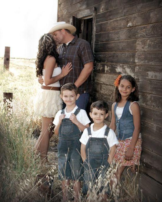 Pinterest family photo shoot ideas