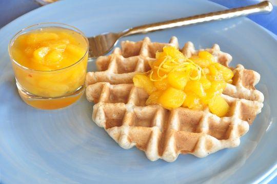 Vegan waffles with fresh peach sauce | Vegan Breakfast | Pinterest