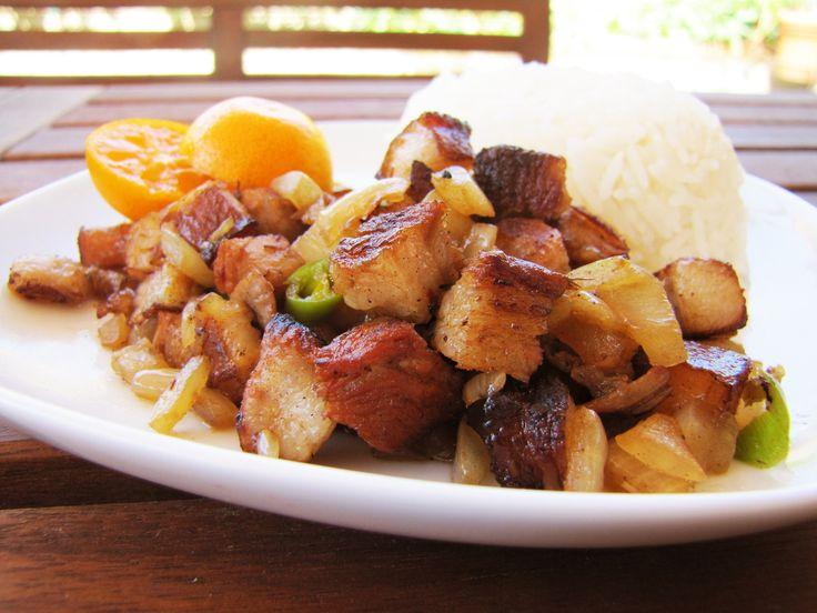 Pork Sisig (Filipino Sizzling Pork) | Get in my belly!!! | Pinterest