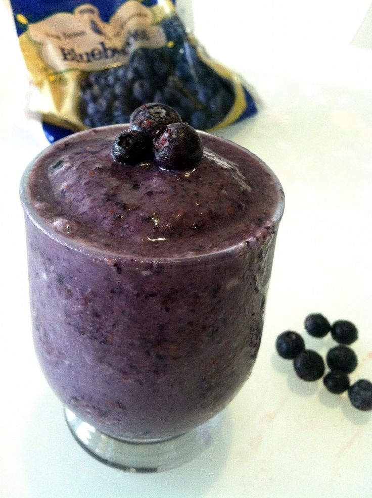 Smoothie deliciousness....Blueberry almond butter smoothie | Drink ...
