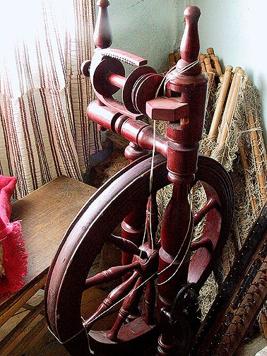 Doukhobor spinning wheel