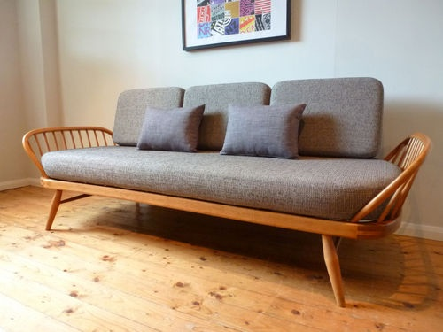 Fully Upholstered Ercol 60 39 S Day Bed Studio Couch Sofa Retro Vintage