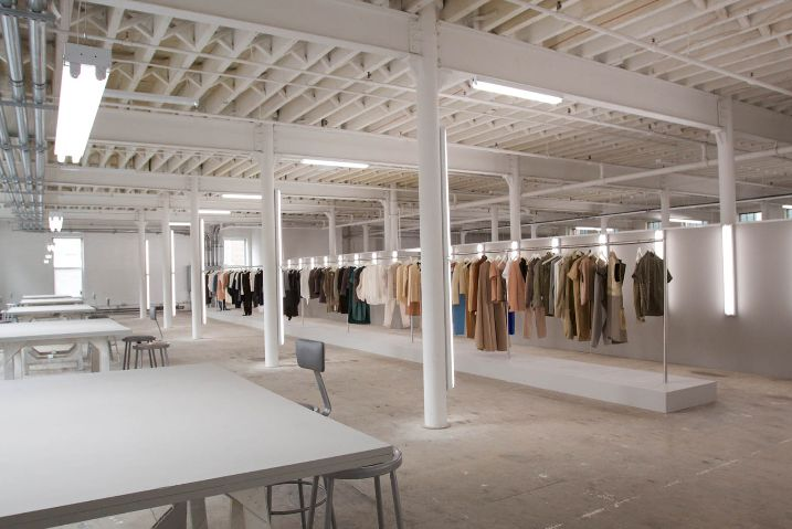 C line showroom in paris inspiration ideas pinterest - Showroom point p paris ...