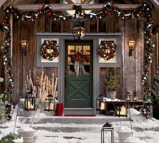 Rustic Christmas entrance