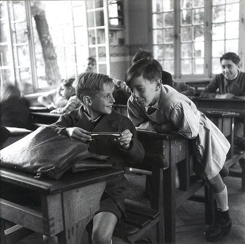 The harmonica  Circa 1940  Robert Doisneau
