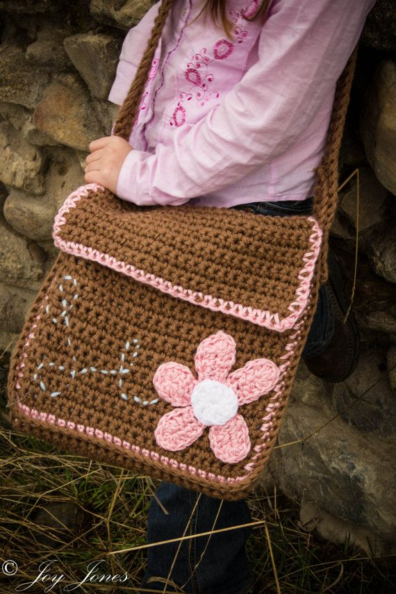 Free Crochet Bag Patterns To Download : Kiwi Tote Messenger Bag - Instant Download Crochet Pattern