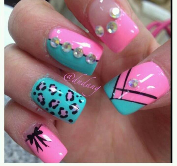 Дизайн ногтей бирюзовый и розовый
