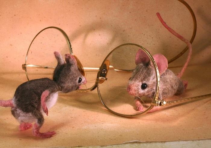 http://mouseshouses.blogspot.com