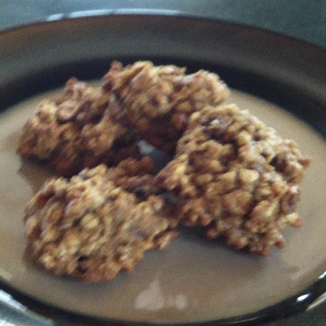 Pumpkin Spiced Oatmeal Pecan Cookies from Skinnytaste.com Only 165 ...