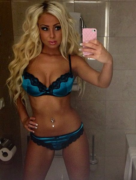 image Blonde bimbo is more than happy to take a cock deep