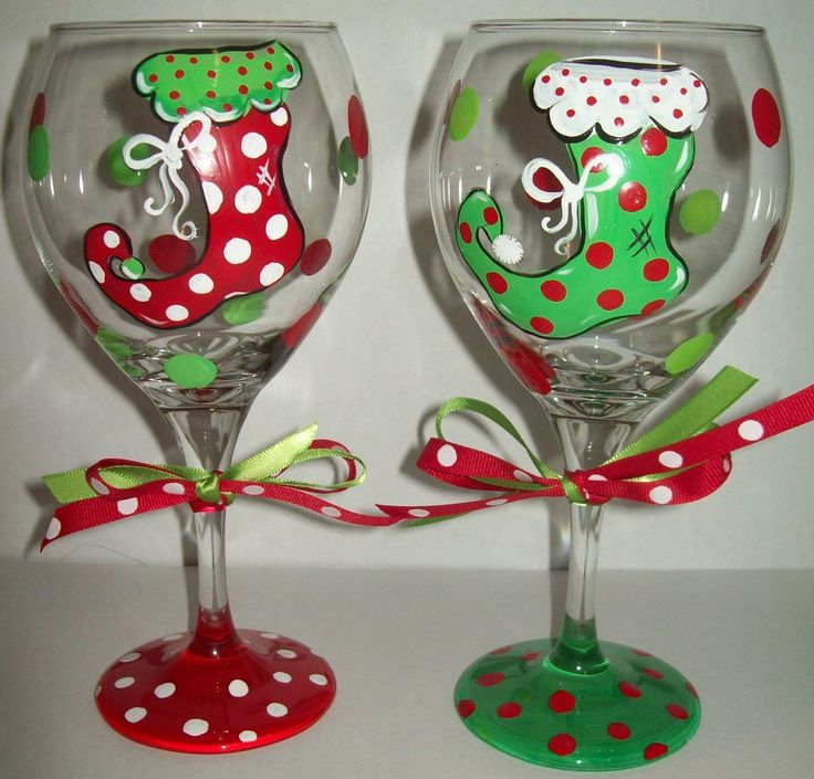 Floppy christmas stocking wine glasses for Christmas glass painting designs