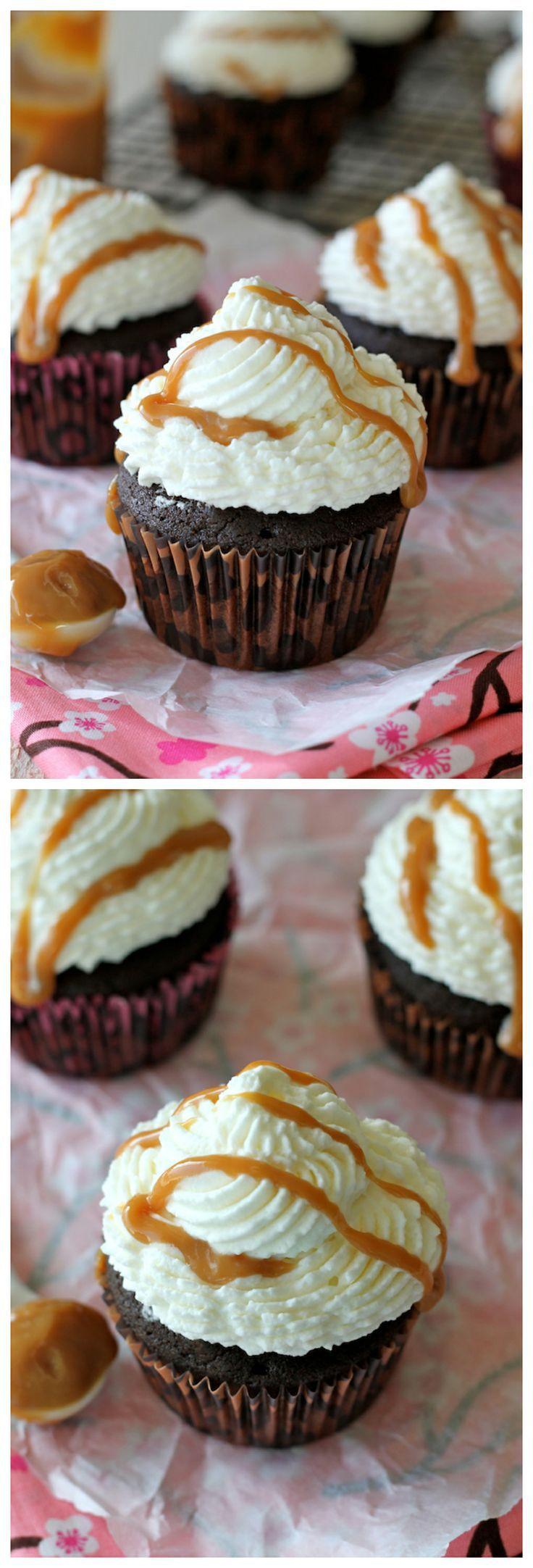 Pumpkin Mocha Cupcakes - Indulgent chocolatey pumpkin cupcakes topped ...
