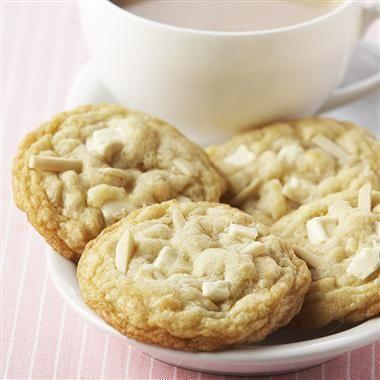 Almond White Chocolate Chunk Cookies | Cookies | Pinterest