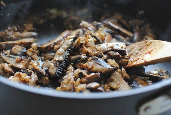 Portobello Mushroom and Kale Stroganoff: | Mushrooms & Recipes | Pint ...