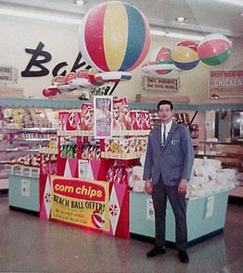 vintage grocery store display