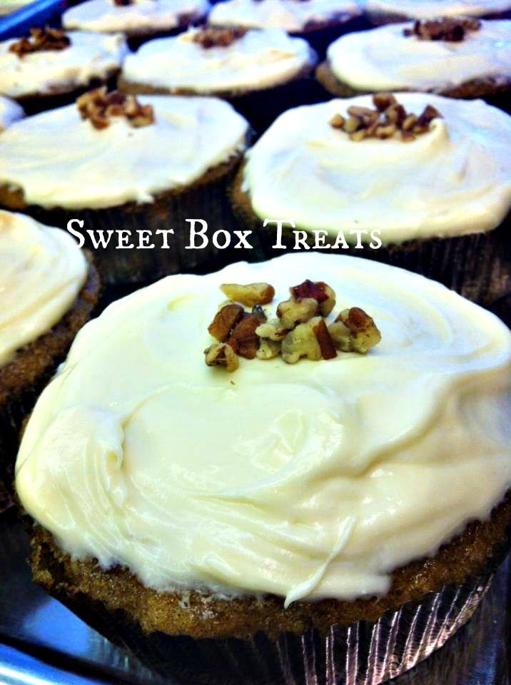 Whipped Cream Cheese Vanilla Frosting - it is clean, but not really ...