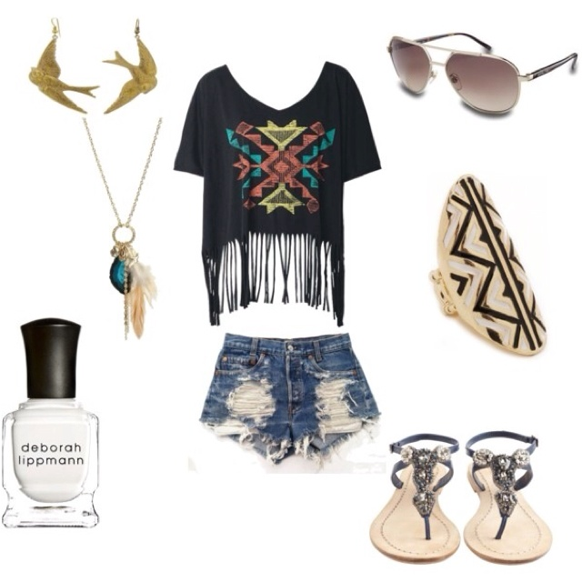 cute summer outfit to wear at the beach or on a cruise