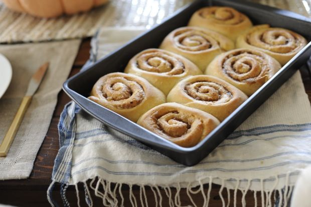 chai spiced cinnamon rolls-- Holiday mornings