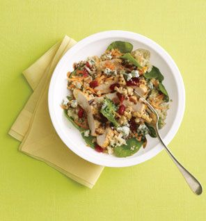 Salad. quinoa+baby spinach+shredded carrots+grilled chicken+blue ...