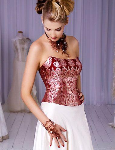 Vestido de novia blanco con corsé rojo