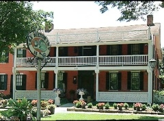 America's 5 Most Haunted Houses