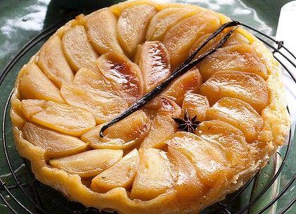 Upside down apple tart ... tarte tatin.   Delicious-ness!   Pinterest