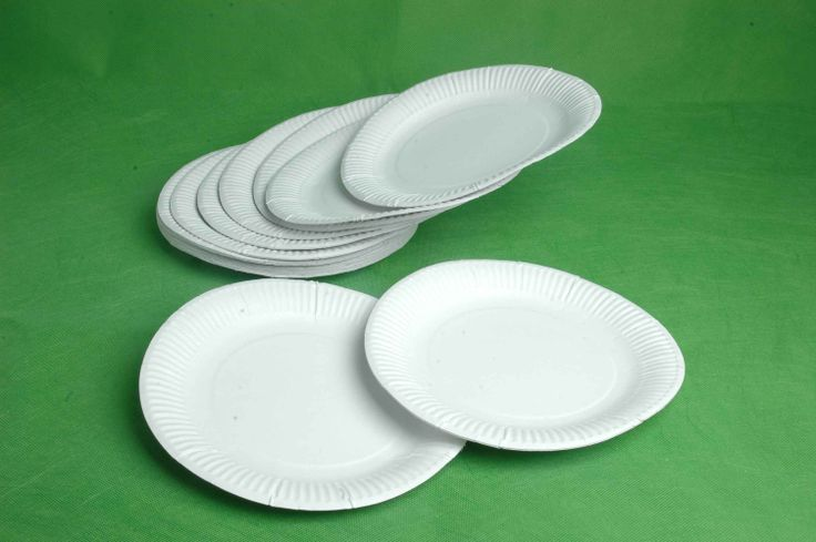 paper plates wholesale Our collection of solid color heavy duty paper plates are poly-coated for glossy finish & are water resistant available in 7 & 9 and in bulk party packs for low.