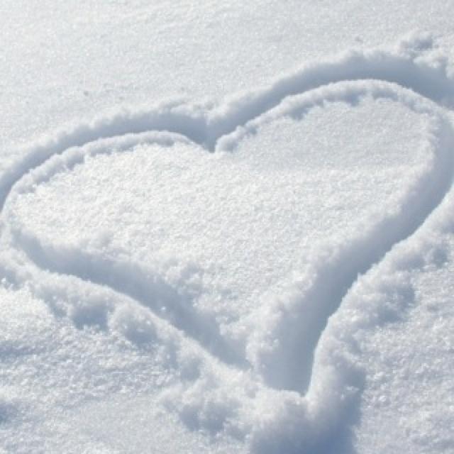 snow heart<3