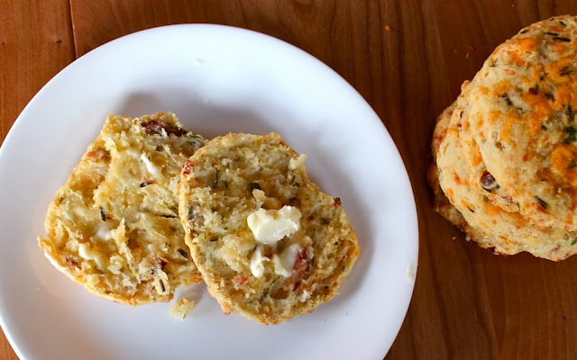 Cheddar Bacon Biscuit Recipe