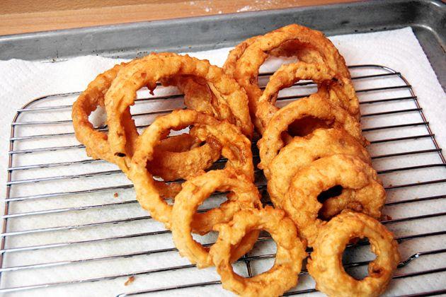 Beer battered onion rings | Potatoes/Other Veggies | Pinterest