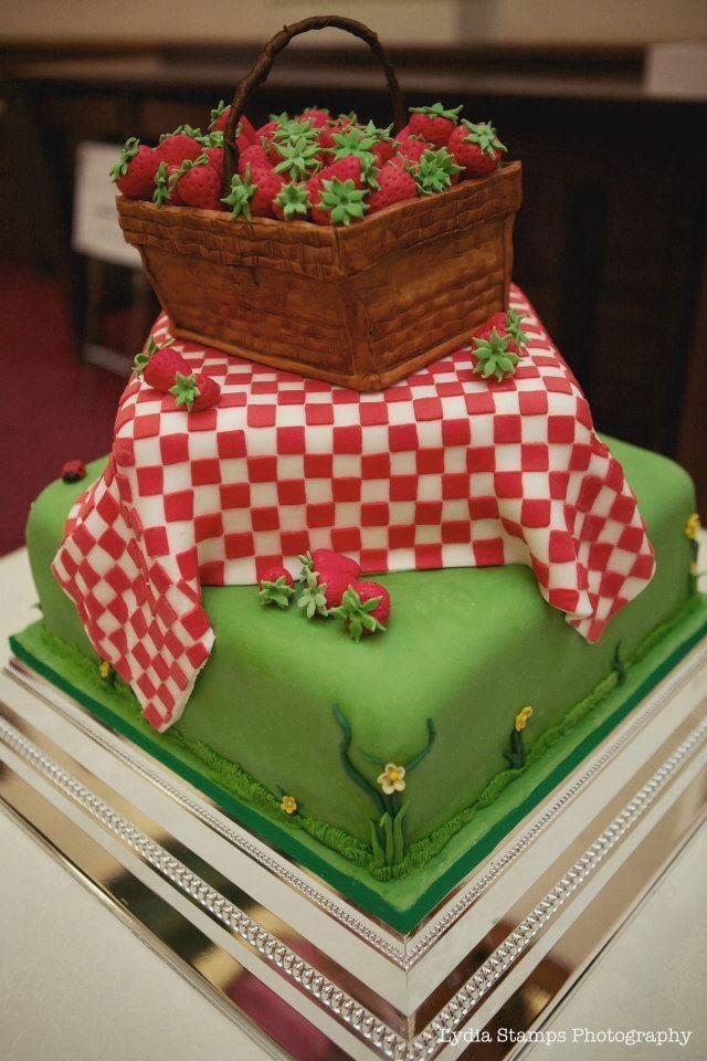 Strawberry Basket Wedding cake | Cake Design Ideas | Pinterest