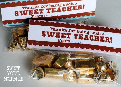 DIY : Free Printables - Teacher's Day labels for gifts in a snack bag