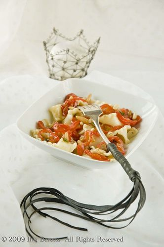 Pasta With Red Peppers, Pine-nuts, Thyme and Balsamic Vinegar by ilva ...
