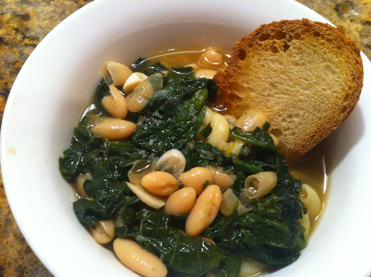 Spinach, Leek, and Cannellini Beans Soup~ Cut up leeks bulbs only and ...