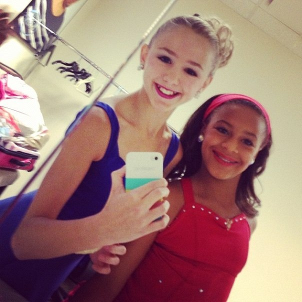 Nia Frazier Photoshoot Tumblr Chloe lukasiak and nia frazier