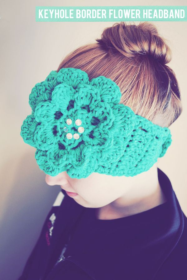 Keyhole Border Flower Headband Crochet Pattern