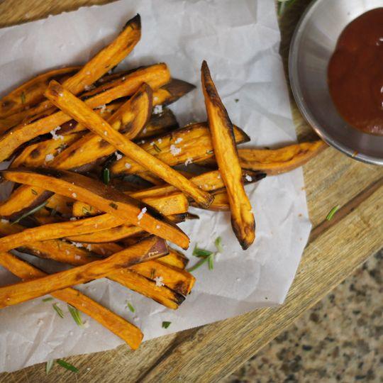 rosemary sweet potato fries | Sides/Salads | Pinterest