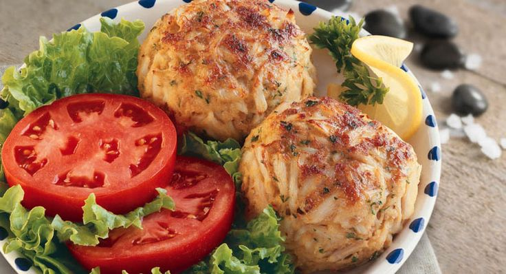 Crab Cakes - delicious! My mixing lead to six generous inch tall crab ...