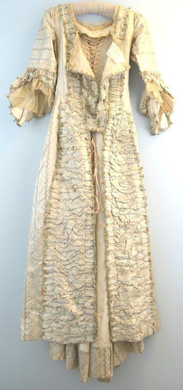 c1780 robe a l'anglaise of the Duchess de Choiseul
