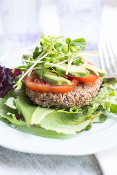 Black Bean Quinoa Burgers - a vegetarian and gluten-free option everyone will adore // Queen of Quinoa