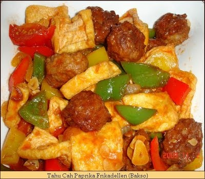 Koleksi Resep Masakanku: Tahu Cah Paprika Frikadellen