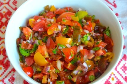 Heirloom Tomato Salsa (Pico de Gallo) - The Family Dinner by Laurie ...